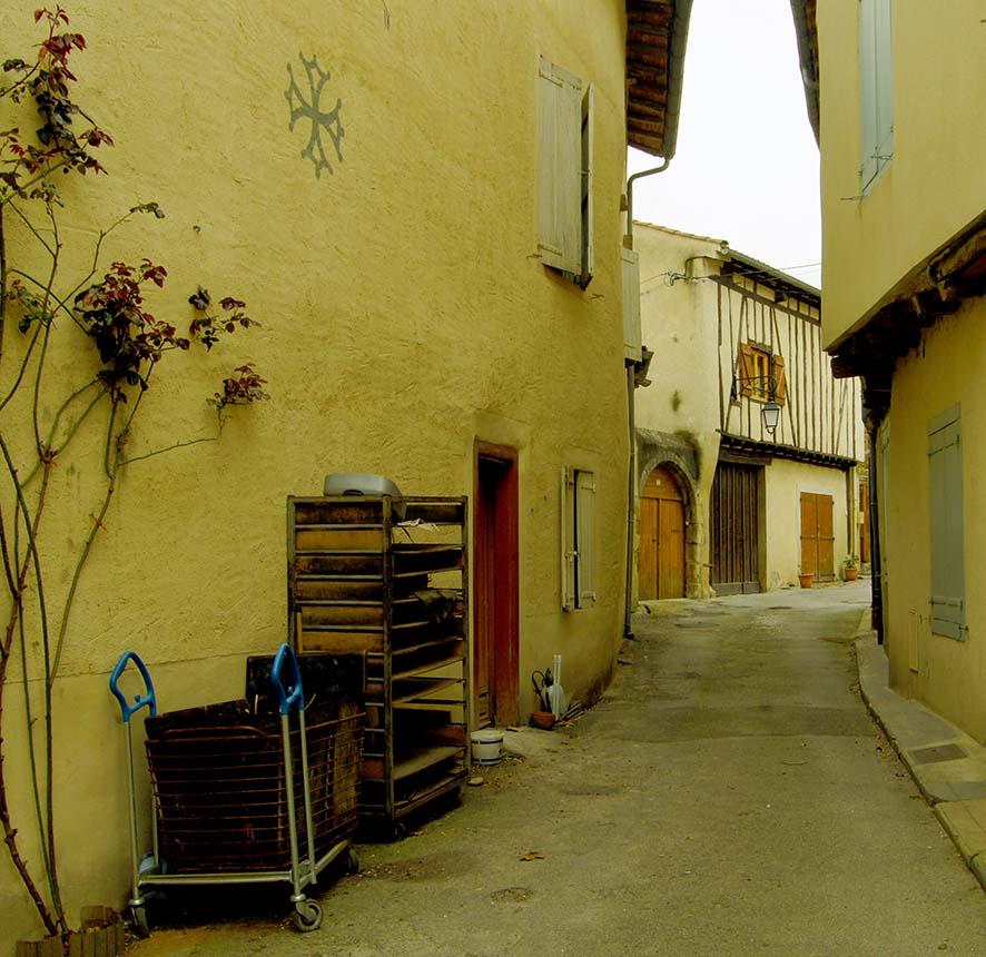 Montaigne Noire
